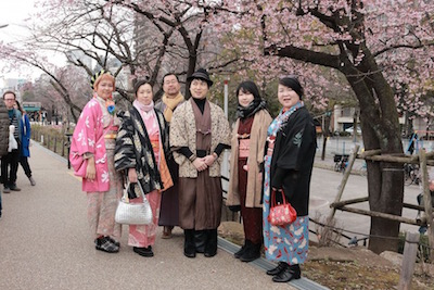 Walk around with Kimono on March 13th.