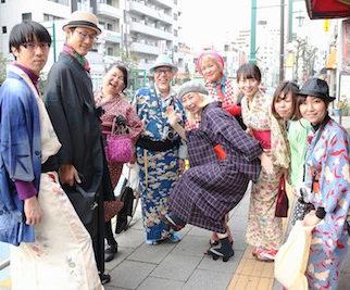 4月9日カジュアル着物で街歩きでした。
